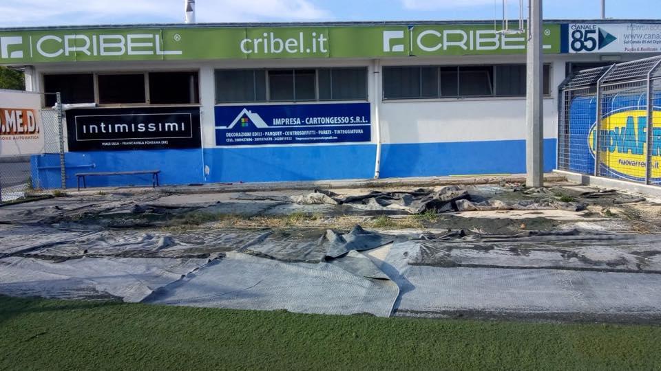 Stadio francavilla tifosi ricevuti dal commissario for Magri arreda francavilla fontana