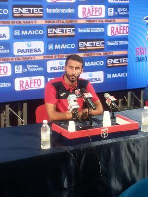 Il difensore del Taranto Dario Bova