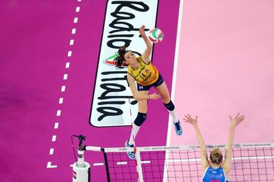 Emiliya Nikolova è la nuova schiacchiatrice di Savino Del Bene Volley