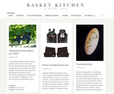 La maglia più bella  Per Basket Kitchen è quella bianconera - Aquila ... 8926fa6ae02e