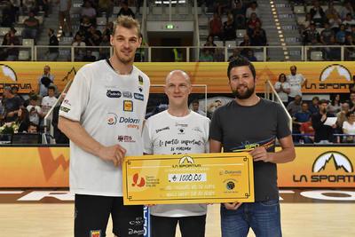 """Grazie a """"La Sportiva Community Award"""" e Luca Lechthaler il CTS farà """"Il Trekking della mente"""""""
