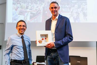 """Tomas Ress riceve a Bolzano il """"Premio alla carriera"""""""