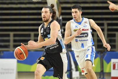 Scrimmage in crescendo e vittoria contro Treviso 88-85