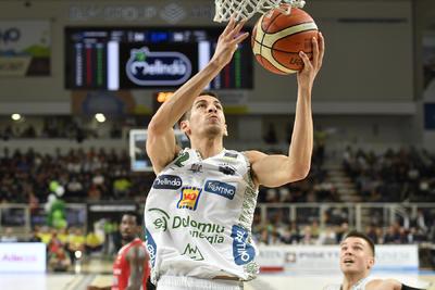 Nell'Aquila Basket Earth Day vittoria 82-73 contro Pistoia