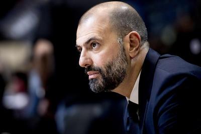 Maurizio Buscaglia non sarà l'allenatore della Dolomiti Energia nel 2019-20