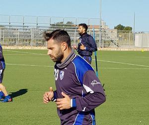Morleo mentre si allena con il Brindisi