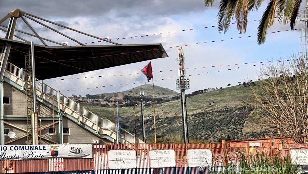 Lo stadio Pinto di Caserta, foto: Fonte Web