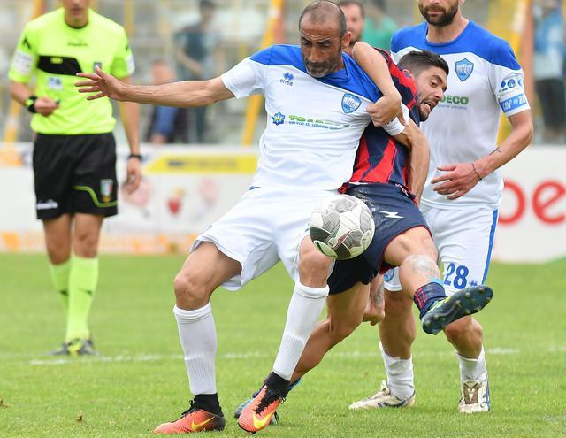 Il difensore Giuseppe Mattera in azione, foto: Giuseppe Mattera