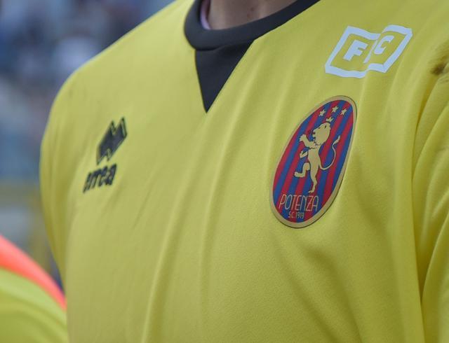 La maglia del Potenza, foto: Emanuele Taccardi