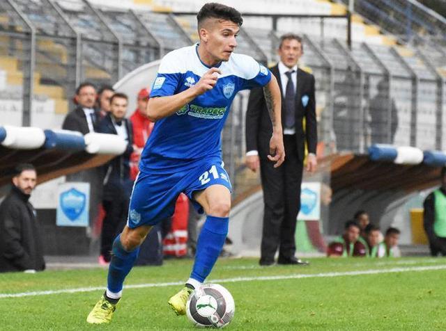 L'attaccante Ignazio Battista in azione, foto: Sandro Veglia