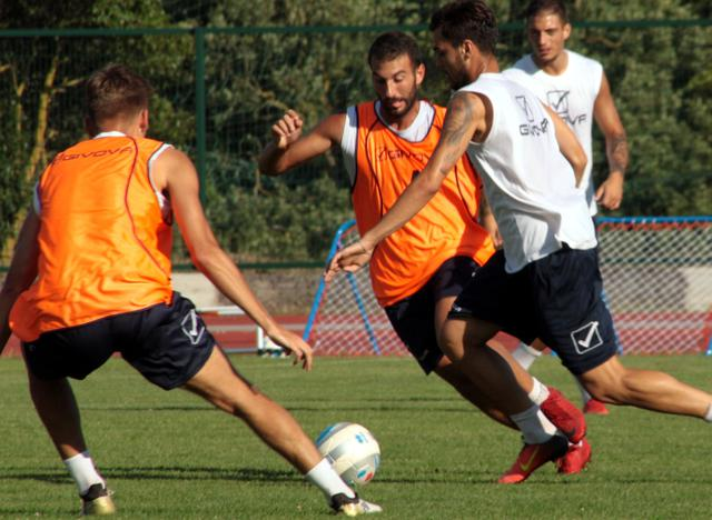 Una fase dell'allenamento biancoazzurro, foto: Giorgia Cannella-MateraCalcio.it