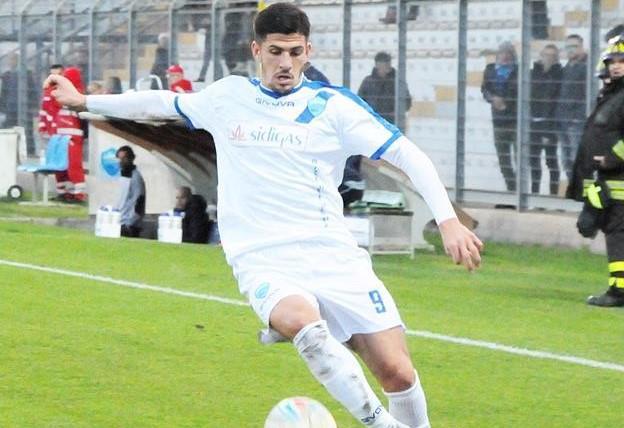 L'attaccante Gaston Corado, foto: Sandro Veglia
