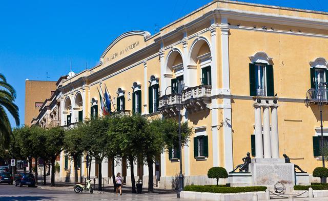 Il Palazzo della Prefettura, foto: Fonte Web