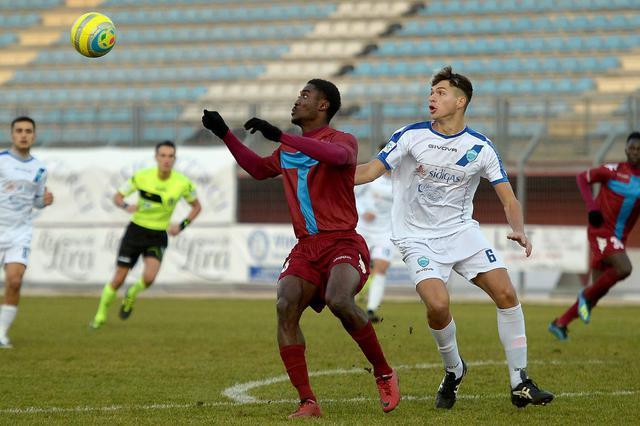 Il difensore Giuseppe Ripanto in azione, foto: Gianluca Vannicelli