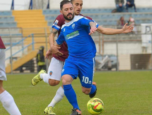 L'esterno offensivo Nicola Strambelli in azione, foto: Emanuele Taccardi