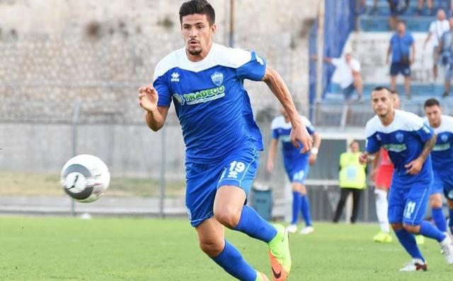 L'attaccante Gaston Corado in azione, foto: Sandro Veglia