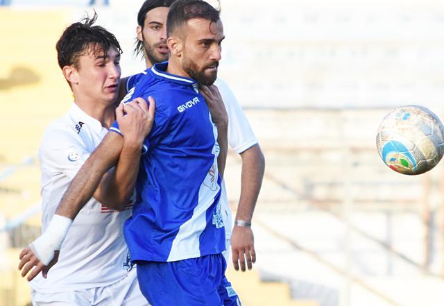 L'attaccante Luca Orlando in azione, foto: Sandro Veglia