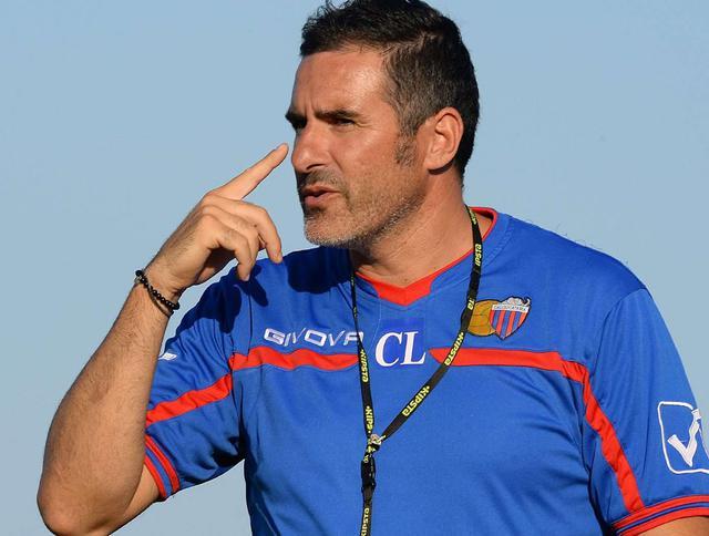 L'allenatore Cristiano Lucarelli, foto: Fonte Web