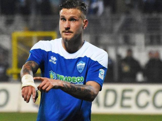 Il difensore Stefano Scognamillo, foto: Sandro Veglia