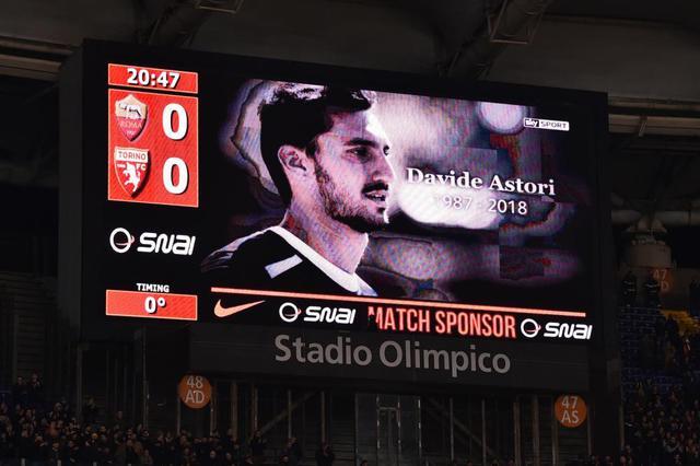 Il ricordo in Roma-Torino di Davide Astori, foto: TuttoMercatoWeb.com