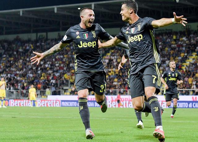 L'esultanza di Bernardeschi e Cristiano Ronaldo, foto: Fonte Web