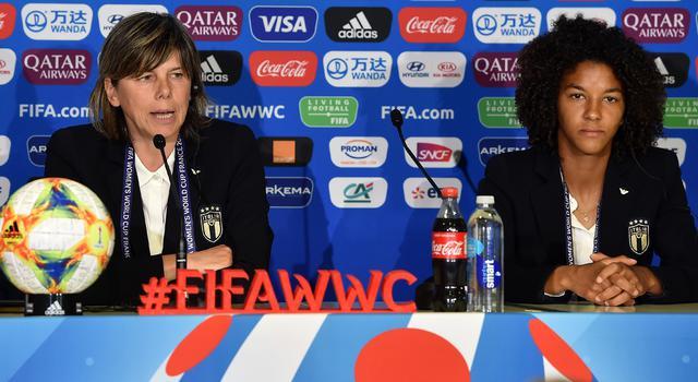 Il ct Bertolini e il capitano Gama, FOTO: FIGC.IT
