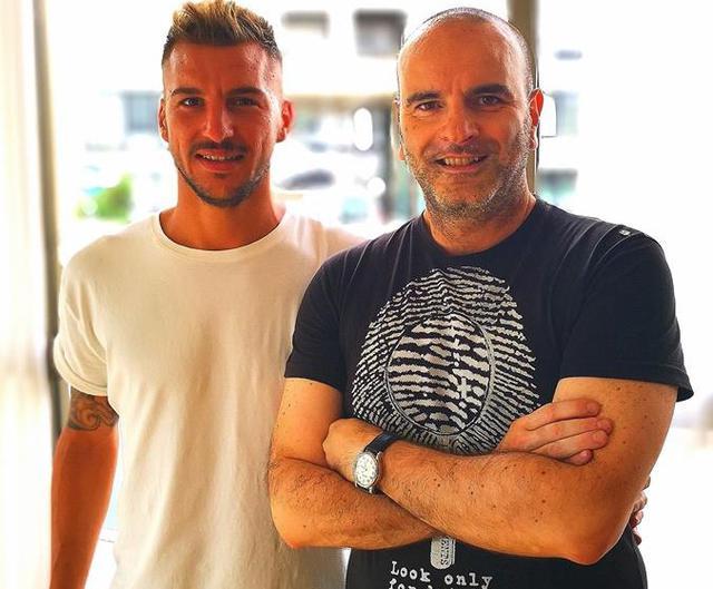 L'attaccante Scaringella e il presidente Andrisani, foto: Fonte Web