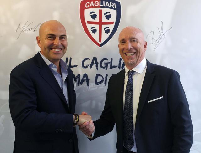 Il presidente Giulini e il neo tecnico Maran dopo la firma, foto: Fonte Web