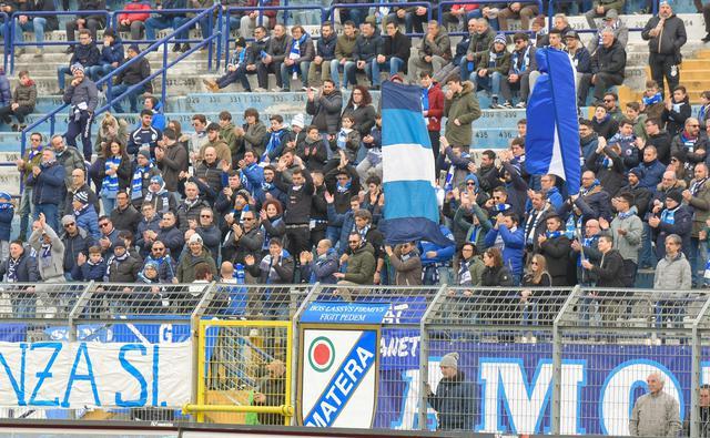 I tifosi biancoazzurri, FOTO: EMANUELE TACCARDI-TUTTOMATERA.COM