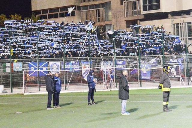 I tifosi biancoazzurri a Potenza, foto: Giuseppe Di Tommaso