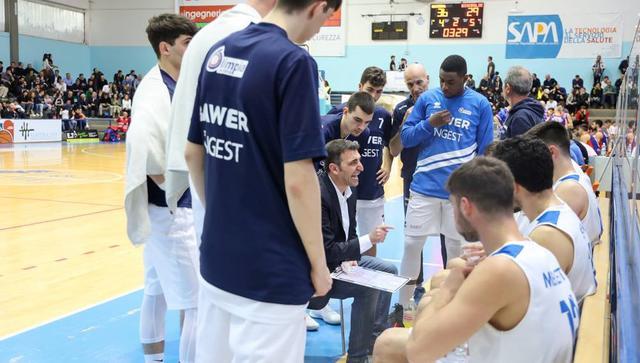Coach Origlio con il roster, foto: Roberto Linzalone