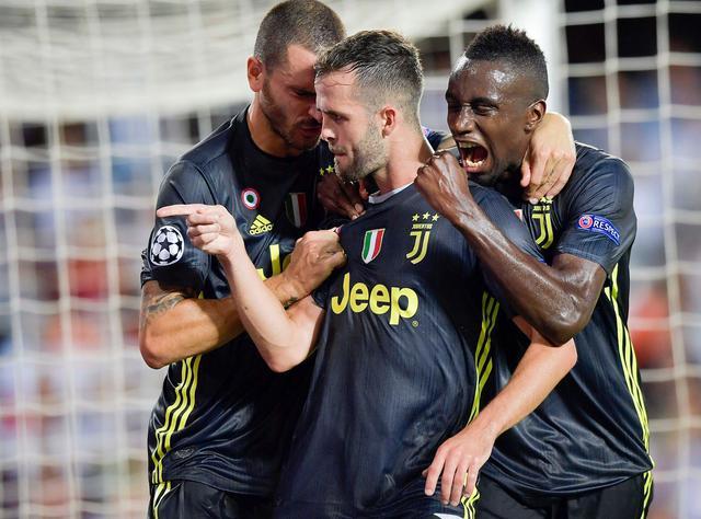 L'esultanza di Pjanic dopo la doppietta, foto: Juventus.com
