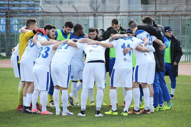 I biancoazzurri in gruppo, foto: Fonte Web