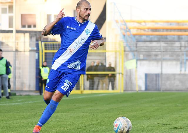 Il centrocampista Vittorio Triarico, foto: Sandro Veglia