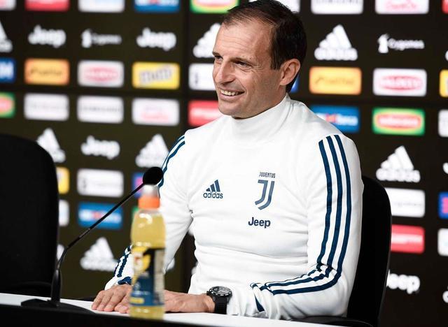 Il tecnico Massimiliano Allegri in conferenza stampa, foto: Juventus.com