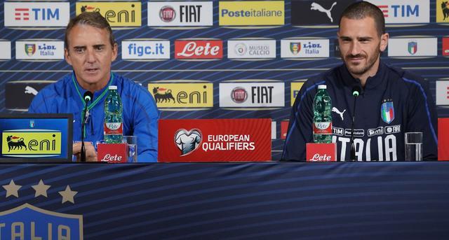Roberto Mancini e Leonardo Bonucci, FOTO: FIGC.IT - CLAUDIO VILLA
