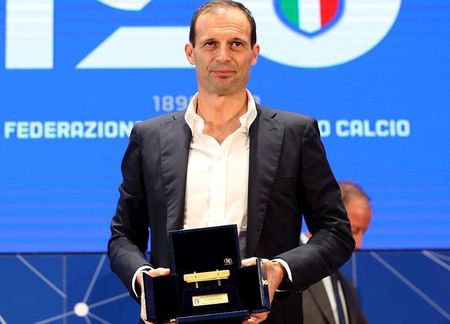 Il tecnico Massimiliano Allegri dopo la Panchina d'Oro, foto. Juventus.com