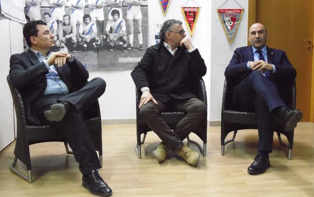 Una fase dell'incontro al Matera Club, foto: TuttoMatera.com