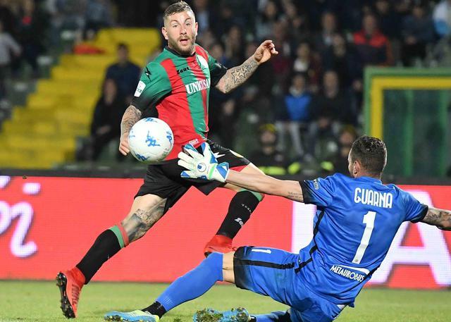 L'esterno Mirko Carretta va in gol, foto: Stefano Principi