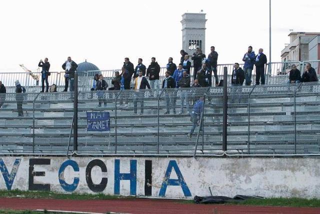 Lo stadio Gustavo Ventura di Bisceglie, foto: Emanuele Mastrodonato
