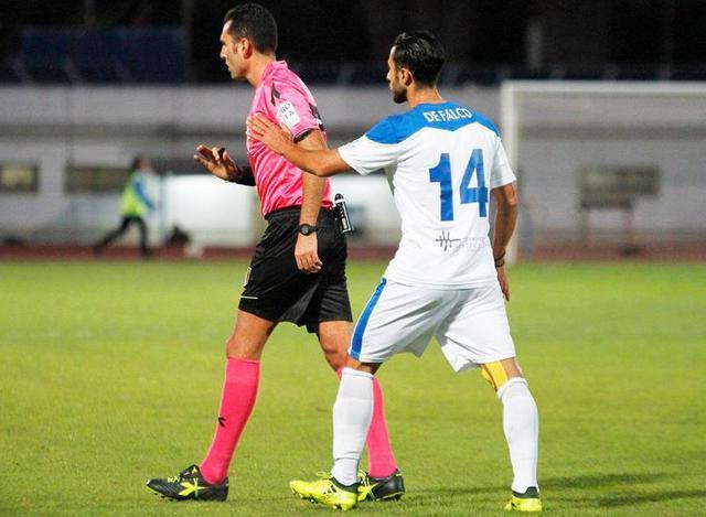 Il centrocampista Andrea De Falco, foto: Emanuele Mastrodonato