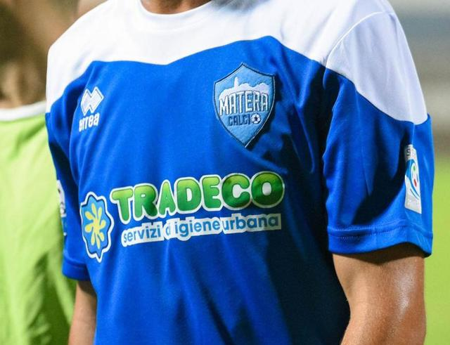 La maglia del Matera dell'ultima stagione, foto: Emanuele Taccardi