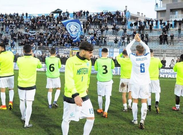 L'esultanza finale dei biancoazzurri, foto: Sandro Veglia