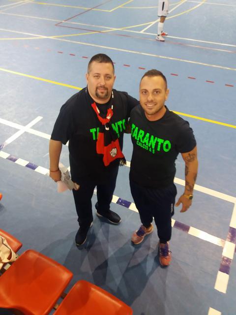 Coach Liotino (a sinistra) con il preparatore dei portieri Lorenzo Fabiano