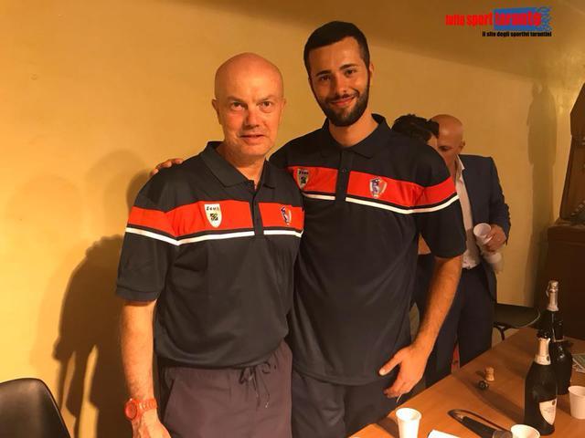Il tecnico Mimmo Martemucci (a sinistra) con il collaboratore Angelo Di Lauro