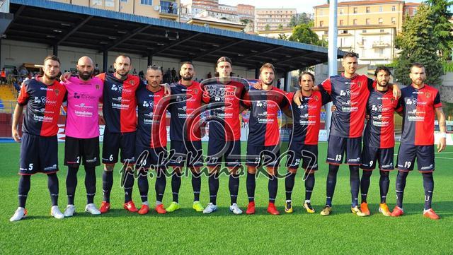La squadra del Picerno, FOTO: ROCCO CAPECE KIKINO