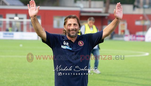 L'allenatore Giuseppe Raffaele, FOTO: MICHELE SALVATORE