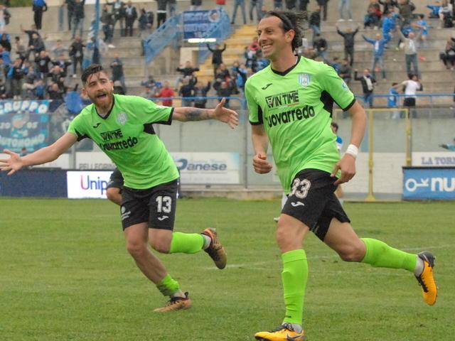 Gol dell'ex per Giuseppe Madonia che ha ripreso il Matera a cinque minuti dalla fine