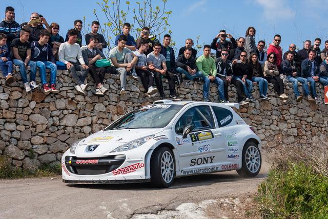 Giuseppe Bergantino detentore del titolo di zona nella Coppa Rally Acisport (in foto in coppia con Vincenzo Paglione).