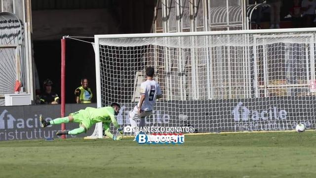 Il gol di Armenteros che consente al Benevento di piegare il Cosenza in pieno recupero